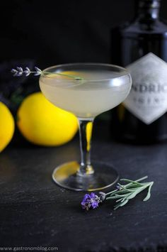Lavender Bee's Knees (use agave instead of honey)