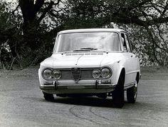 Alfa Romeo Gtv, Alfa Romeo Giulia, Classic Cars, Vehicles, Vintage Classic Cars, Car, Classic Trucks, Vehicle, Tools