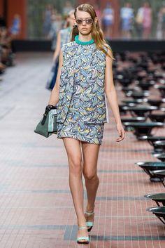 Kenzo Spring 2014 Ready-to-Wear Fashion Show - Ondria Hardin