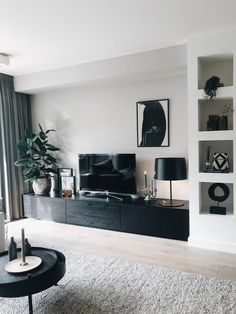 Brilliant Solution Small Apartment Living Room Decor Ideas And Remodel ~ Home Design Ideas Small Apartment Living, Home Living Room, Living Room Decor, Small Apartment Interior Design, Apartment Layout, Home Room, Small Appartment, Nordic Interior Design, Small Apartment Decorating
