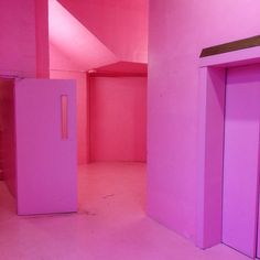 "Lorenzo Vitturi (@lorenzovitturi) on Instagram: ""Peckham Pink"""