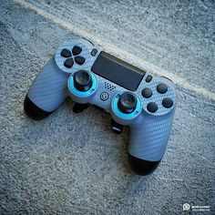 SCUF Carbon Fiber controller for PlayStation 4 is just as beautiful under the hood, with innovations and patented technology that makes SCUF the choice for over for all Pro Gamers. Control Playstation, Control Ps4, Playstation 5, Ps4 Controller Custom, Game Controller, Consoles, Xbox, Fun Video Games, Computer Desk Setup