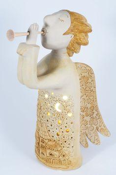Ceramic handmade angel from chamotte by Midene. SC50