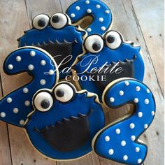 Your place to buy and sell all things handmade Sesame Street Cake, Sesame Street Cookies, Sesame Street Birthday, Fun Cookies, Sugar Cookies, Decorated Cookies, Cookie Monster Party, Rice Krispies, Royal Icing Cookies