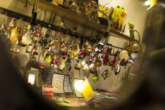 I decori natalizi del nostro negozio del vetro di Murano. Our shop of Murano glass in florence.