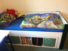 Ein Gastbeitrag von Olaf B. Da sich Olafs Kinder bisher ein kleines gemeinsames Kinderzimmer teilen mussten, war jede Möglichkeit den vorhandenen Raum vollends auszunutzen gern gesehen. Zwei Robin Hochbetten von Ikea waren für...