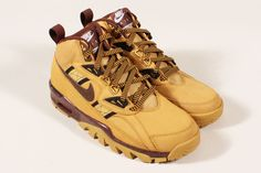 Nike Air Trainer SC Sneakerboot Haystack. I can use the colors. heheh