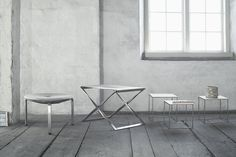 Fritz Hansen Nesting Table - consists of three nesting tables that can be stored under each other. With these tables and their ongoing shape was Poul Kjærholm .