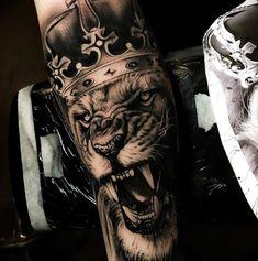 Pin adăugat de gregor k pe lion tattoo lion tattoo, tattoos King Tattoos, Leo Tattoos, Badass Tattoos, Future Tattoos, Animal Tattoos, Body Art Tattoos, Tattoos For Guys, Lion Tattoo Design, Tattoo Designs