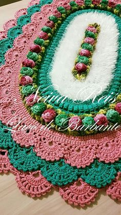 Crochet Projects, Sewing Projects, Projects To Try, Crochet Doilies, Crochet Flowers, Crochet Designs, Crochet Patterns, Crochet Table Mat, Table Covers