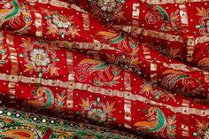 Gharchola Saree TRADITIONAL GHARCHOLA SILK SARI FROM GUJRAT WITH HANDWORK IN ZARI & THREAD Lehriya Saree, Bandhani Saree, Saree Dress, Indian Dresses, Indian Outfits, Saree Wedding, Bridal Lehenga, Wedding Dress, Indian Silk Sarees