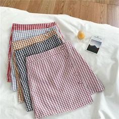 Diy Crafts - Sewing pattern for this wrap skirt pattern. The wrap skirt is great for the summer! Teen Fashion Outfits, Diy Fashion, Korean Fashion, Fashion Skirts, Fashion Top, Cute Casual Outfits, Pretty Outfits, Sewing Clothes, Diy Clothes