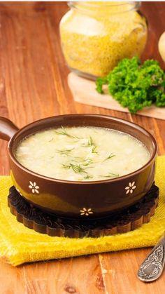 Советский полевой суп.  Ингредиенты :     80 г шпика или сала     5–6 клубней картофеля (320 г)     50 г пшена     1 луковица (90 г)     750 мл воды или бульона     соль, черный свежемолотый перец — по вкусу