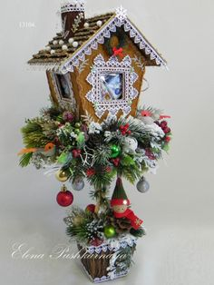 Place my grandchildren's pictures in the windows. Christmas Time, Christmas Wreaths, Christmas Ornaments, Hobbies And Crafts, Diy And Crafts, Christmas Flower Arrangements, Holiday Crafts, Holiday Decor, Christmas Gingerbread