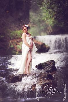 maternity session by waterfall - Google Search