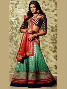 Banarasi silk dupatta teamed with a lehenga.. Read more http://fashionpro.me/choosing-dupatta-complement-outfit