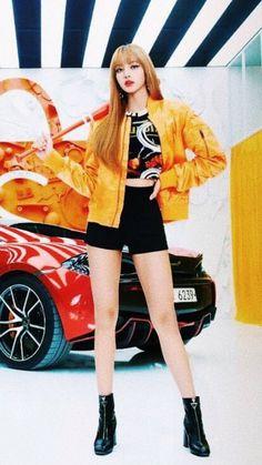 Lisa I'm so hott Blackpink Lisa, Jennie Blackpink, Blackpink Fashion, Korean Fashion, Kpop Girl Groups, Kpop Girls, Forever Young, Divas, Lisa Blackpink Wallpaper