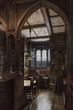 Books and architecture ... perfect partners! John Rylands Library, Manchester, England
