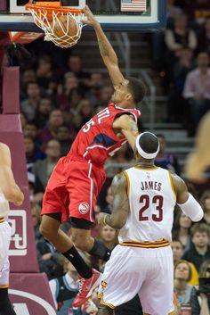 Thabo Sefolosha Photos: Atlanta Hawks v Cleveland Cavaliers 11-15-14
