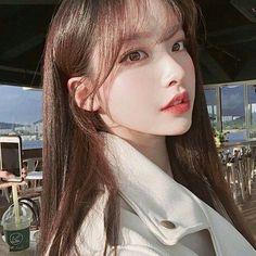 korean girl on project runway Pretty Korean Girls, Korean Beauty Girls, Cute Korean Girl, Asian Beauty, Mode Ulzzang, Ulzzang Korean Girl, Korean Makeup Look, Asian Makeup, Korean Girl Photo
