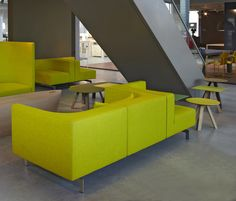 Arco - Seating islands | Lounge area-Waiting room | Side by Side. Check it on Architonic