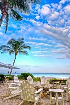 Naples Beach, Florida - Travel Pinspiration on the blog