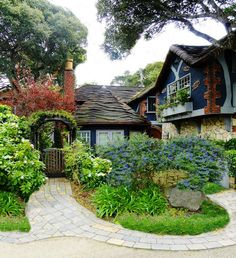 Carmel-By-The-Sea – extraordinarily beautiful small town in the state of California Outdoor Rooms, Outdoor Living, Cottages By The Sea, Storybook Homes, Carmel California, Fairytale Cottage, Carmel By The Sea, Exterior House Colors, Cottage Design
