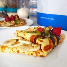 Fitness tvarohová palačinka - fitness recept Bajola Healthy Breafast, Cooking Recipes, Healthy Recipes, Crepes, Food Inspiration, Waffles, Cake Recipes, Food And Drink, Healthy Eating