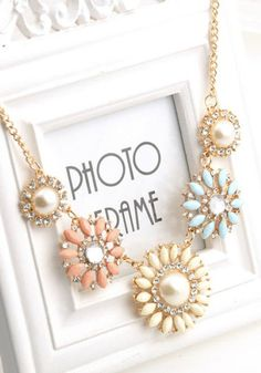 Looking to make a bold statement with your accessories this spring? This pastel pendant necklace will show off your sweet and trendy sense of style all season long!