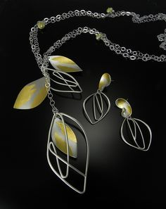 Jewelry by Judith Neugebauer at Smith Galleries JNJC NK475