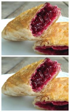 Berry pies like in McDonald's – Sweet World Ideas Fluff Desserts, Just Desserts, Delicious Desserts, Yummy Food, Easy Salad Recipes, Gourmet Recipes, Cooking Recipes, Dessert Salads, Dessert Recipes