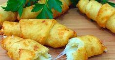 Bramborové rohlíčky plněné sýrem: Tuto dobrotu jsem nedávno připravila mé rodině…