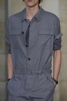 Hermes jumpsuit Grey Fashion, Retro Fashion, Mens Fashion, Fashion Outfits, Boiler Suit, Androgynous Fashion, Mens Clothing Styles, Costume, Work Wear