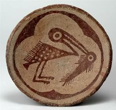 Sacaton Red-on-buff plate, water bird with fish Escuela Site, Painted Rock Reservoir, Maricopa Co. Native American Pottery, Native American Art, American Indians, Ceramic Pottery, Pottery Art, Antique Pottery, Southwest Pottery, Pueblo Pottery, Native Design