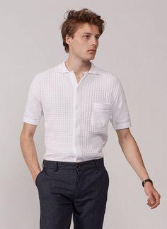 Comment bien s'habiller pour une soirée d'été ? Nos conseils pour homme. Trouser Suits, Trousers, Summer Knitting, Surrey, Cuban, Rib Knit, Men Casual, Menswear, Long Sleeve