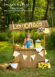 An adorable Lemonade Stand mini session.
