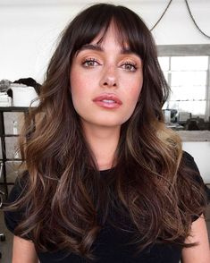Long Brown Hair, Long Hair With Bangs, Short Bangs, Brown Hair With Fringe, Brown Hair Bangs, Wavy Bangs, Hairstyles With Bangs, Pretty Hairstyles, Hairstyle Ideas