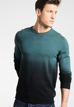 Kleding Esprit Trui - dark green Donkergroen: € 49,95 Bij Zalando (op 23-9-17). Gratis bezorging & retour, snelle levering en veilig betalen! Stylish Mens Outfits, Stylish Clothes, Men Sweater, Pullover, Long Sleeve, Sleeves, Sweaters, Mens Tops, T Shirt