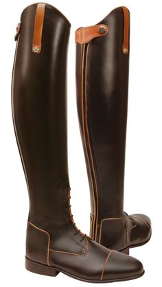 Konigs Field boots with contrast piping. I love brown and black together. Oh my Mom would look so lovely in these! Heheheeee!