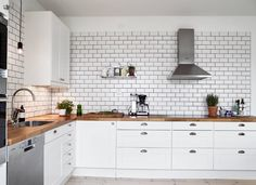 From the kitchen to the bathroom, white tile brings freshness to any room. I've really been gravitating toward clean lines and simple design, which can be subtly brought into a room through some white subway tile. It's has an industrial look, yet when it's paired with softer elements, it creates a dynamic and interesting decor… Read more