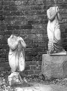 new orleans cemetery New Orleans Cemeteries, Cemetery Angels, Funeral Urns, New Orleans Louisiana, Lost Art, Close To My Heart, Monuments, Art Forms, Horror