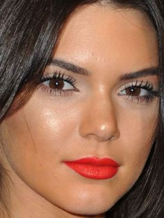 Close-up+of+Kendall+Jenner+at+Vogue's+95th+anniversary+party+in+2015.
