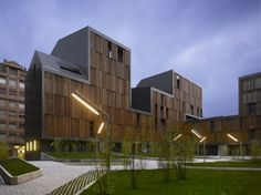 Conjunto de Viviendas Sociales Vivazz, Mieres by Zigzag Arquitectura (Mieres, España) #architecture
