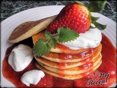 Lívanečky s jahodovou klevelou   NejRecept.cz Kefir, Pancakes, Baking, Breakfast, Desserts, Pastries, Drinks, Scrappy Quilts, Morning Coffee