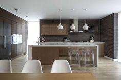 Diseño de casa de madera de dos pisos   Construye Hogar