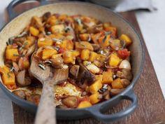Moschuskürbis-Ragout ist ein Rezept mit frischen Zutaten aus der Kategorie Gemüse. Probieren Sie dieses und weitere Rezepte von EAT SMARTER!