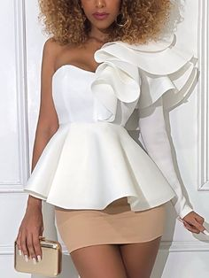 Shop One Shoulder Layered Ruffles Blouse right now, get great deals at Chiquedoll. Classy Dress, Classy Outfits, Chic Outfits, Fashion Outfits, African Print Fashion, African Fashion Dresses, African Dress, Trend Fashion, Fashion Design