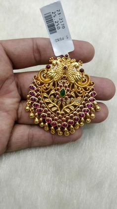 South Indian Jewellery, Silver Jewellery, Indian Jewelry, Gold Pendant, Pendant Jewelry, Beaded Jewelry, Gold Jewelry Simple, Simple Necklace, Gold Jhumka Earrings