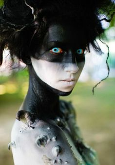 dark tribal make up