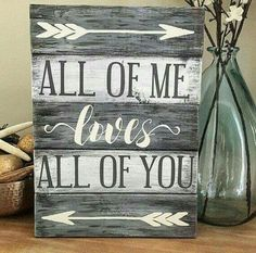 Would you like to start decorating your home with some DIY wooden signs? These signs can add a lot of personality to each room, especially if you take the time to make them on your own. Why purchas… Pallet Crafts, Pallet Art, Diy Pallet Projects, Wood Projects, Woodworking Projects, Pallet Ideas, Wooden Crafts, Pallet Home Decor, Woodworking Workshop